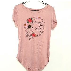 Rue 21 NWT never stop looking up t blush pink 476